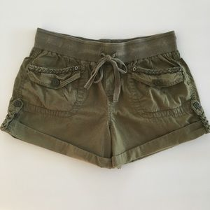 Stylish shorts by Mossimo brand